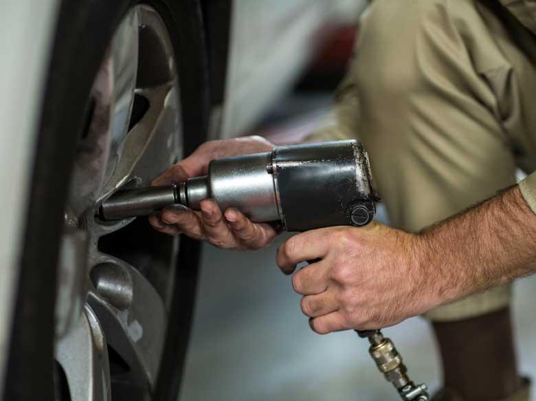 car-tyre-repair-service-1